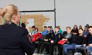 Во Владивостоке обсудили экстремизм в молодежной среде