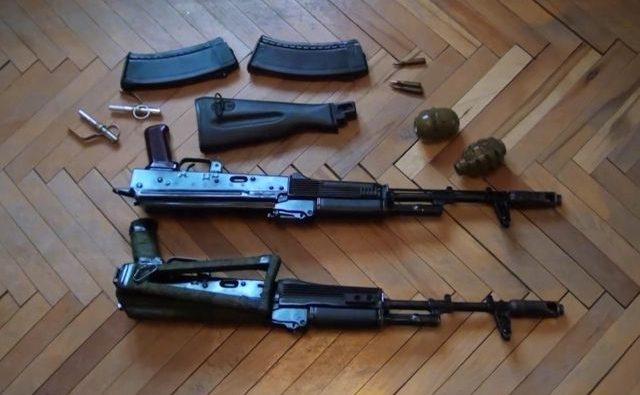 Кадр из видео с задержанием и обысками у террористов